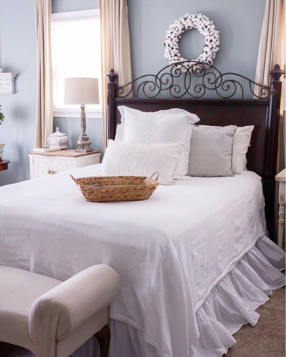 Cottage Style Bedroom Sherwin Williams Halcyon Green Sw Halcyon