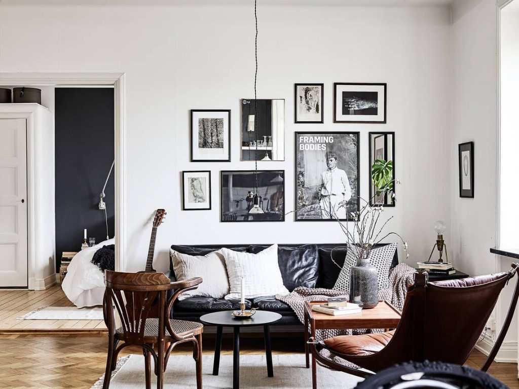 Cozy Hipster Living Room With Black Leather Sofa Apartment Decor