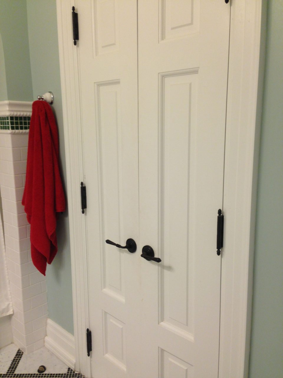 Create A New Look For Your Room With These Closet Door Ideas Very
