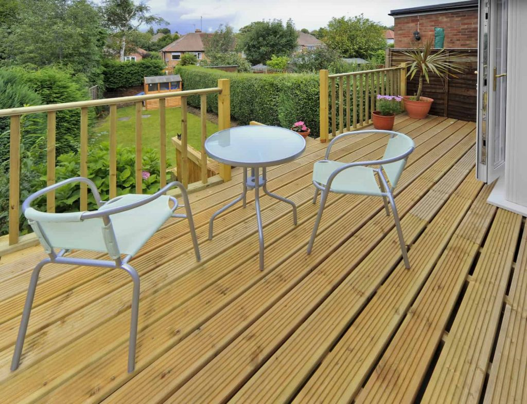 Garden Decking Ideas Sizes And Shapes Materials