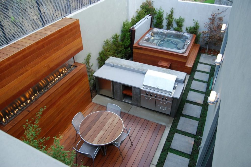 Gorgeous Decks And Patios With Hot Tubs