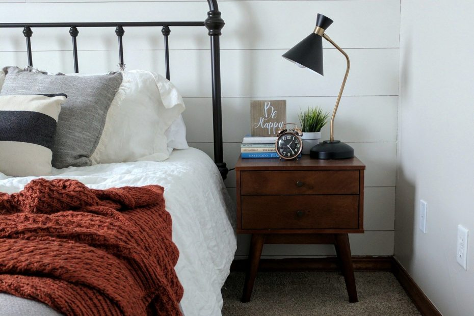 How To Style A Modern Farmhouse Guest Bedroom Beds Day Beds