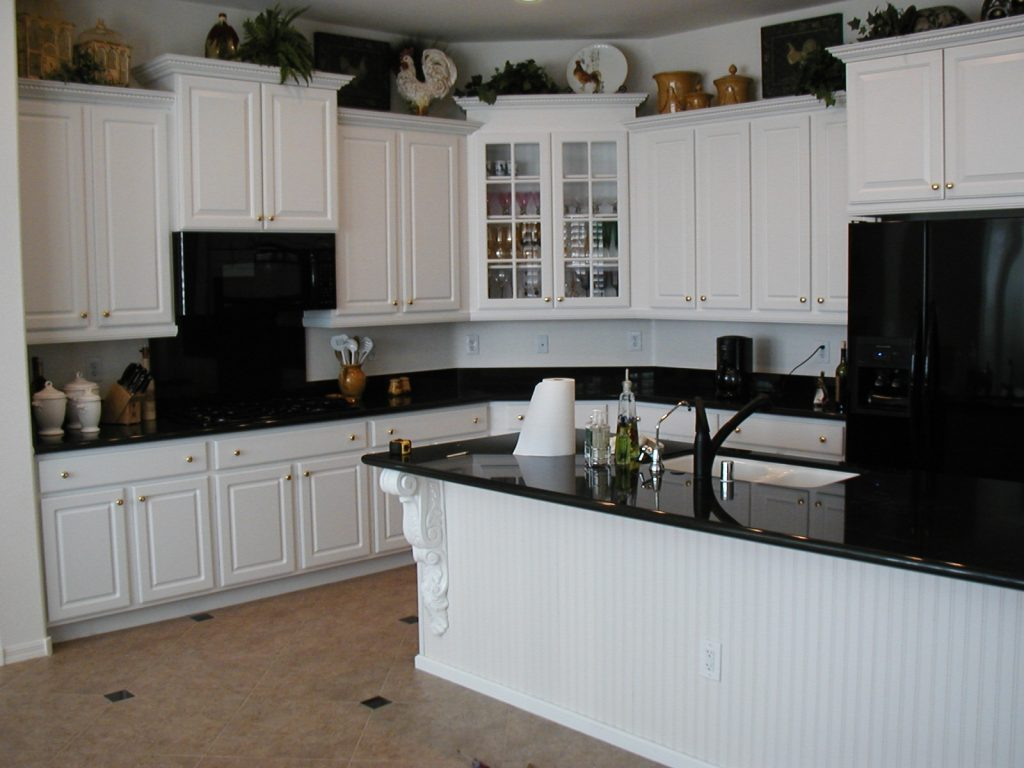 Kitchens With White Cabinets And Black Countertops Fromy Love
