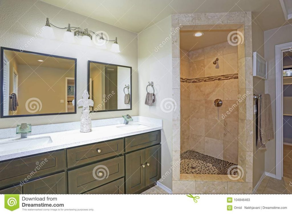 Master Bathroom Design With Double Vanity And Walk In Shower Stock