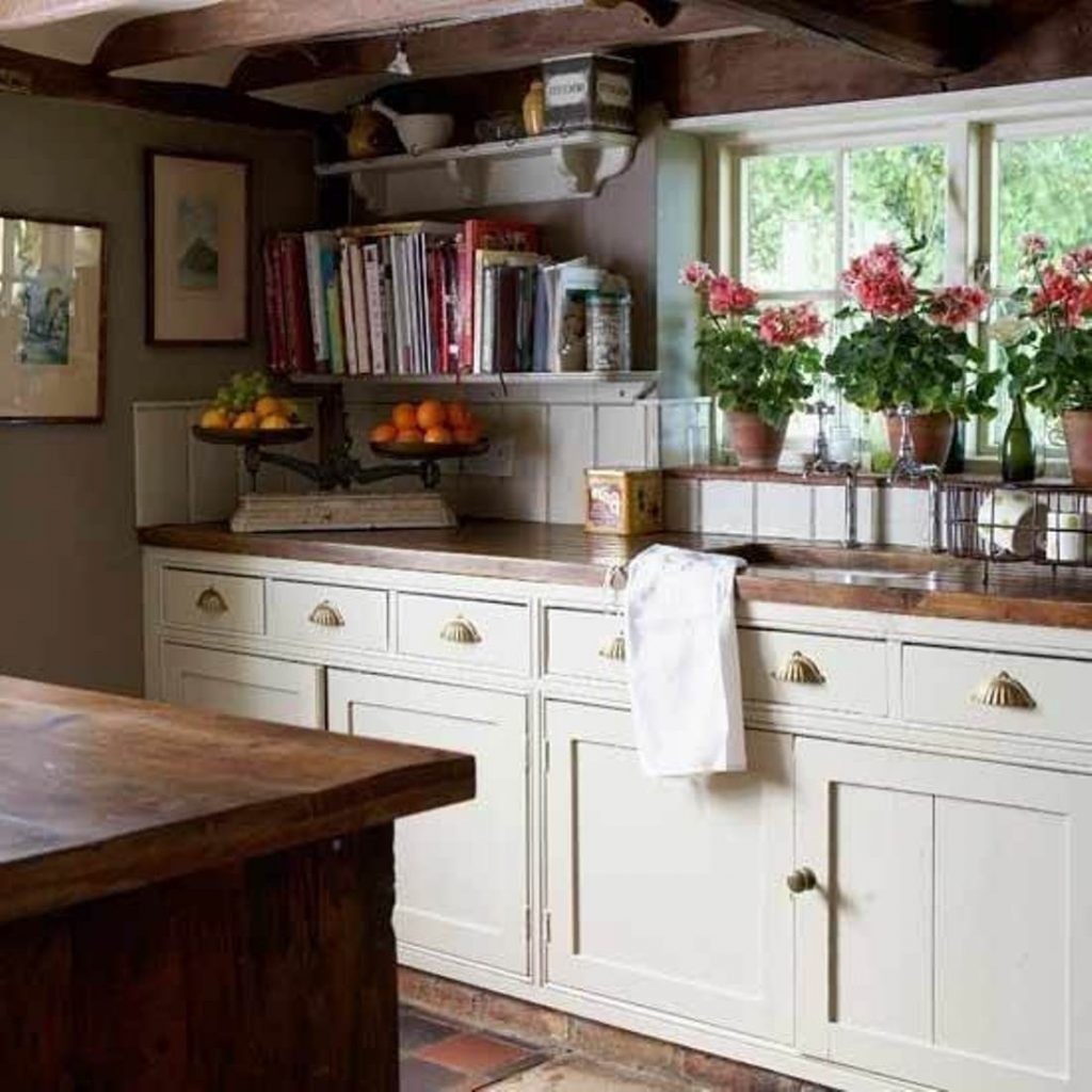Mesmerizing Sweet English Country Kitchens New House Pinterest On