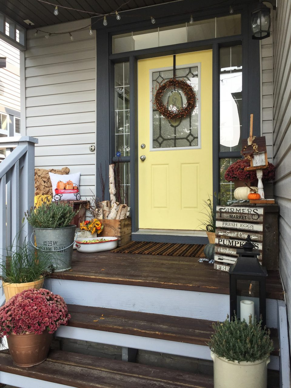 My Harvest Themed Fall Front Porch A Pretty Life In The Suburbs