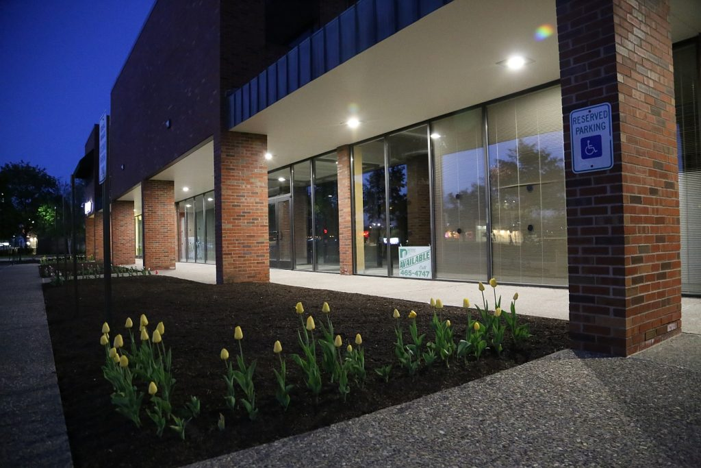 Outdoor Lighting Options For Commercial Properties Brightlec