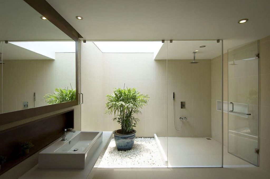 Remarkable Modern Luxury Bathroom With Shower With Glass Door And