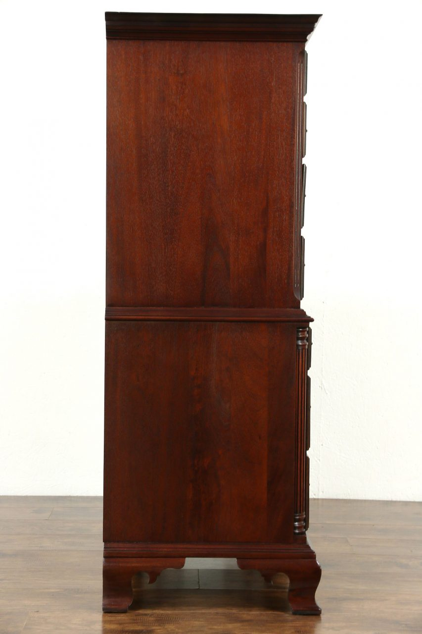 Sold Traditional Vintage Mahogany Highboy Tall Chest On Chest