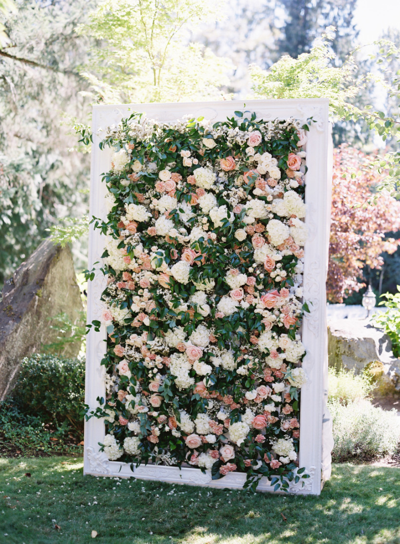 The Garden Wedding Dcor Every Romantic Outdoor Bash Needs Weddingwire