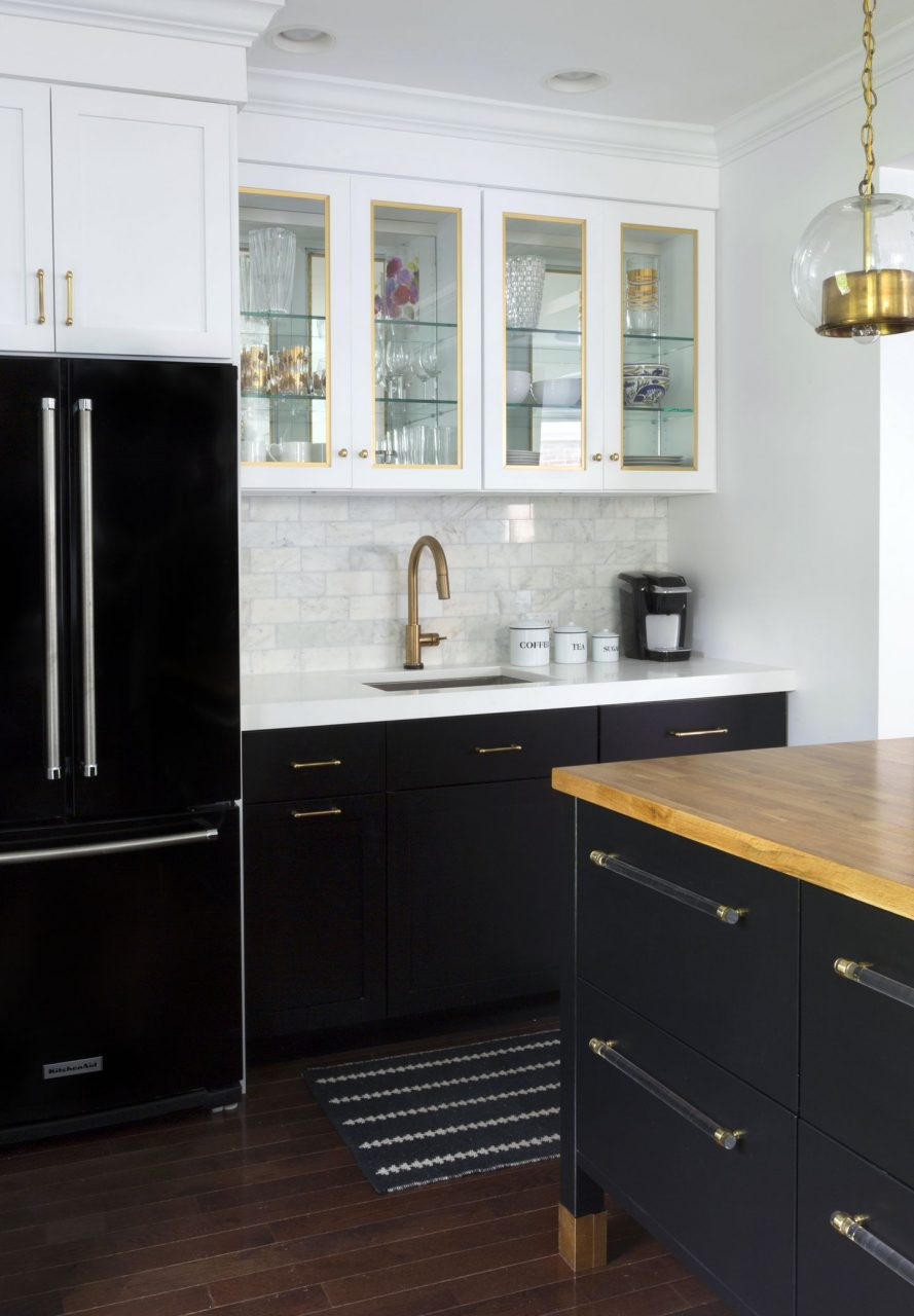 Ways To Achieve The Perfect Black And White Kitchen Kitchen