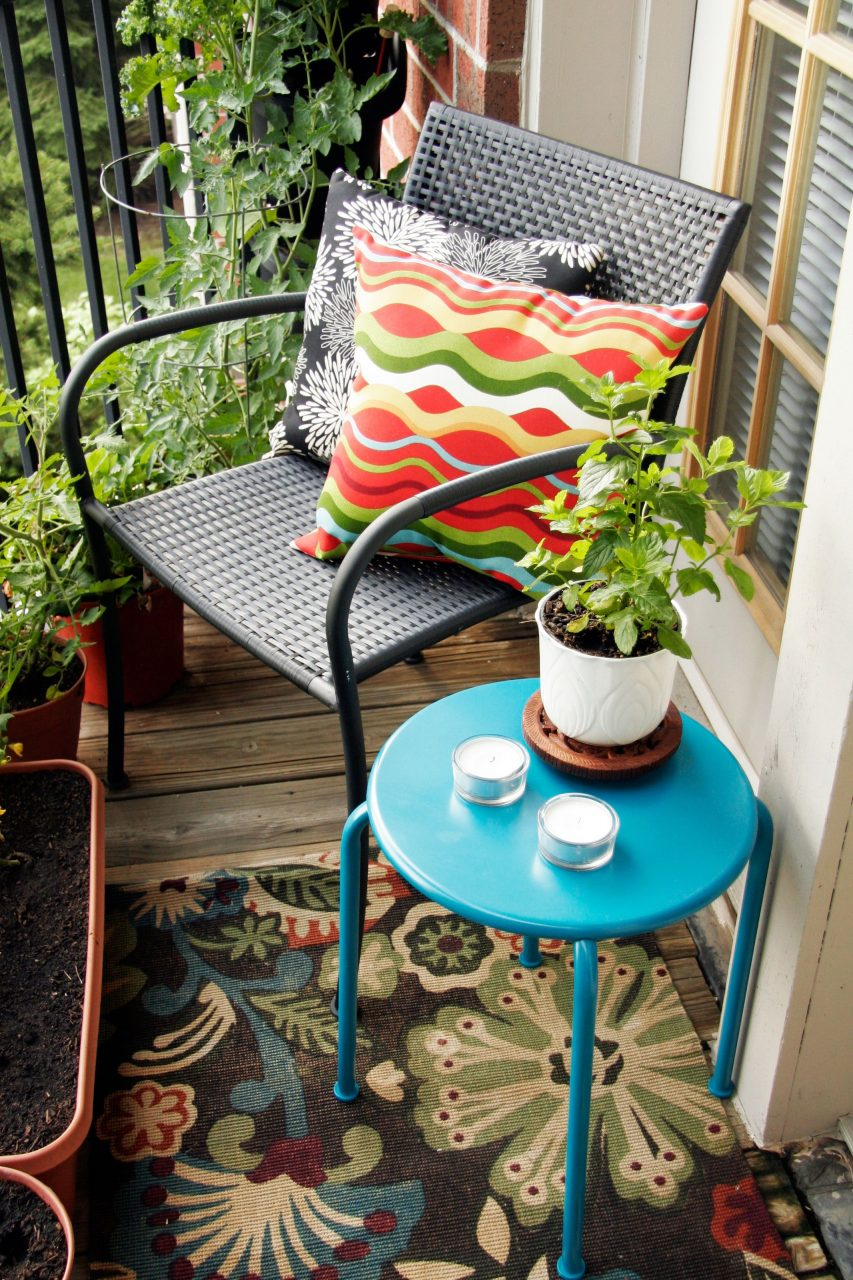 12 Brilliant Decorating Ideas To Maximize Your Small Patio Space