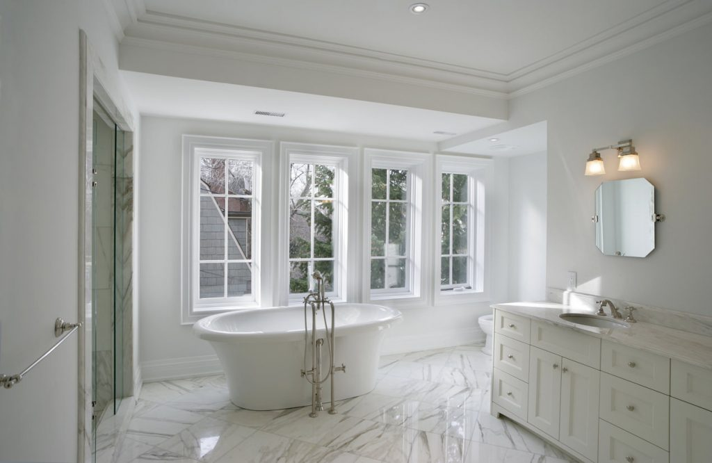 33 Elegant White Master Bathroom Ideas 2019 Photos