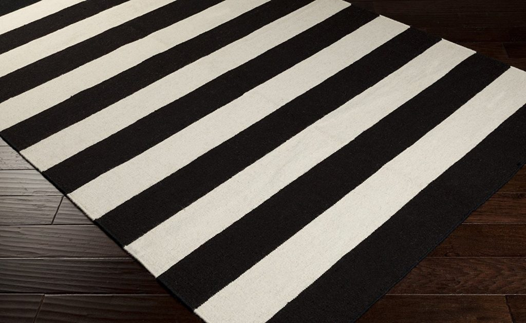 37 Wonderful Black And White Striped Rugs That Youre Going To Love