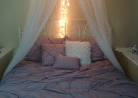 DIY Hula Hoop Bed Canopy