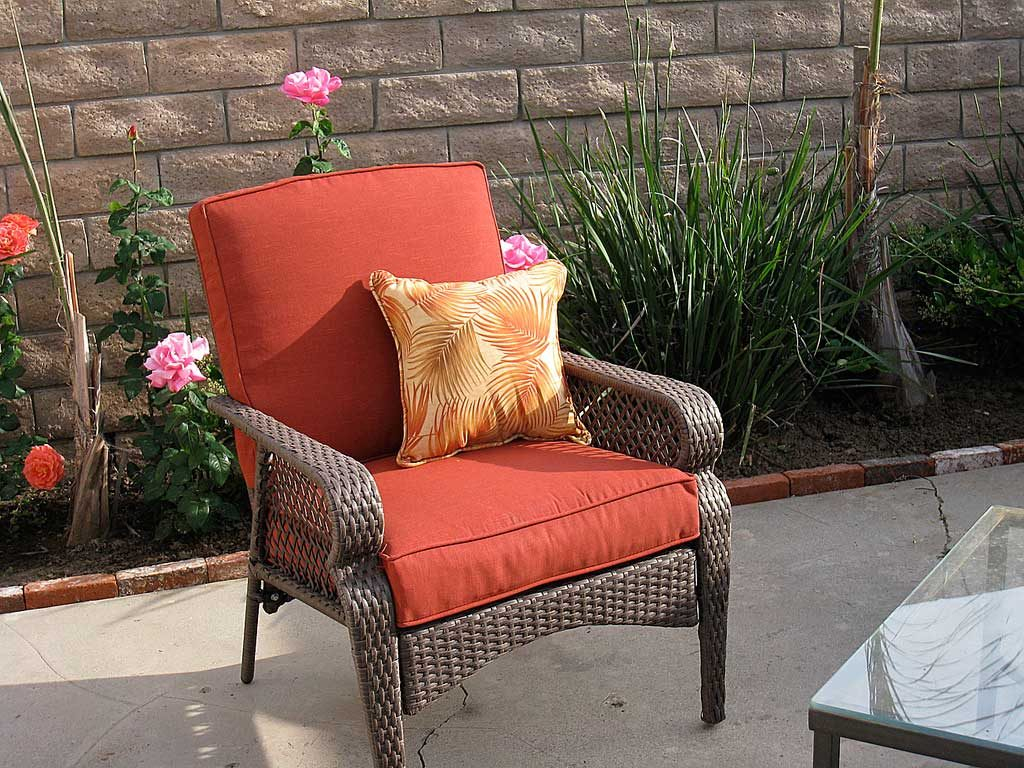 8 Keys To The Perfect Patio Furniture Arrangement