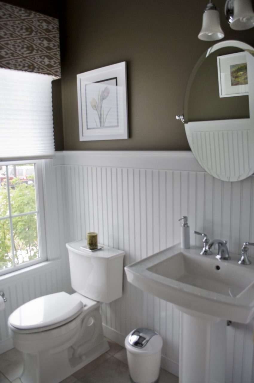 Bathroomhigh Contrast Powder Room Dark Walls White Beadboard