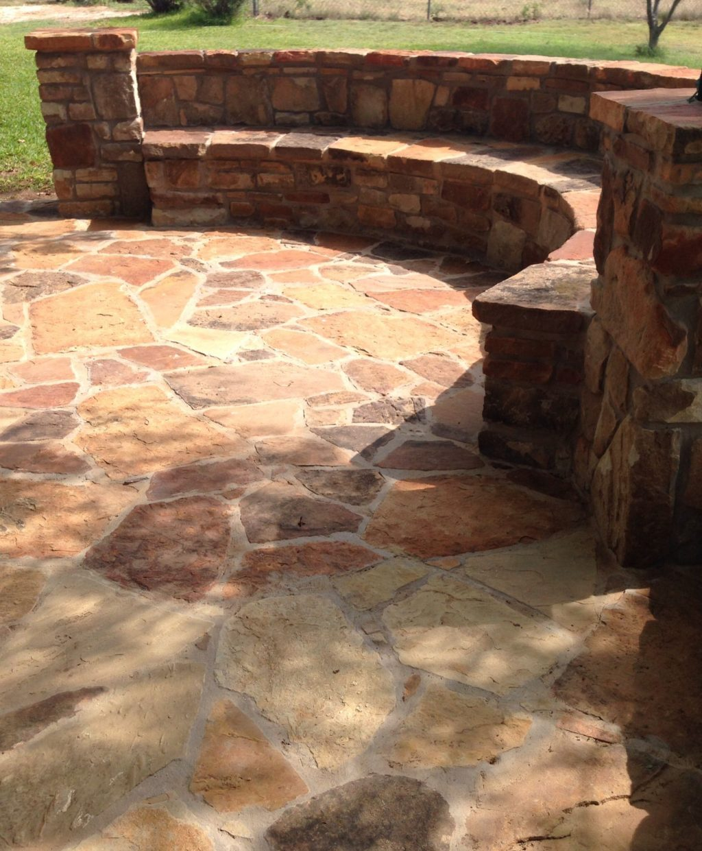 Built In Seating Texas Sandstone Flagstone Patio Caps Moss