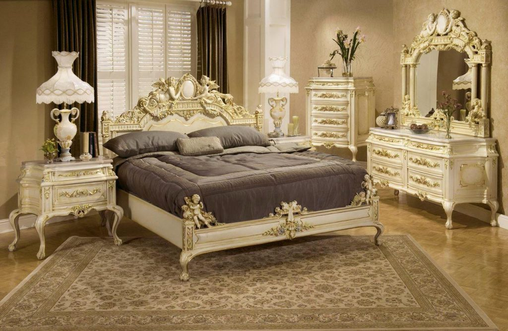 Characteristics Of Victorian Furniture Style