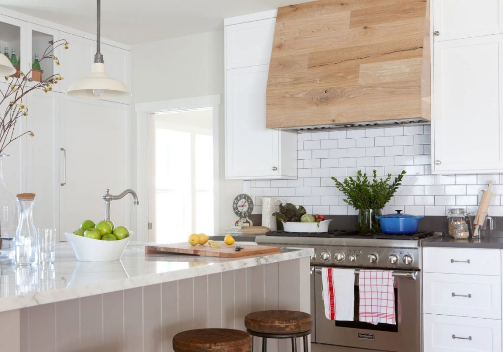 Choosing The Perfect Metal Range Hoods Or Wood Range Hoods Home