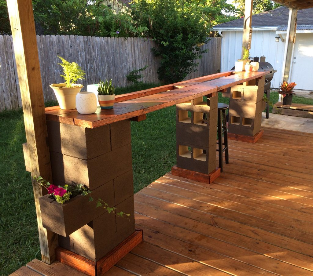 Cinderblock Bar Outdoor Living In 2019 Cinder Block Furniture