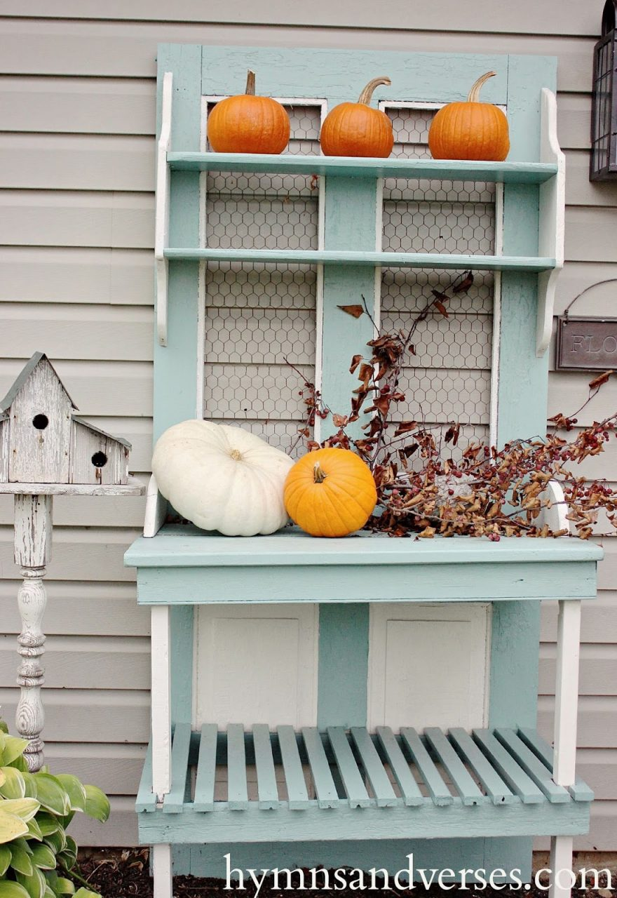 Easy Fall Outdoor Decor Hymns And Verses