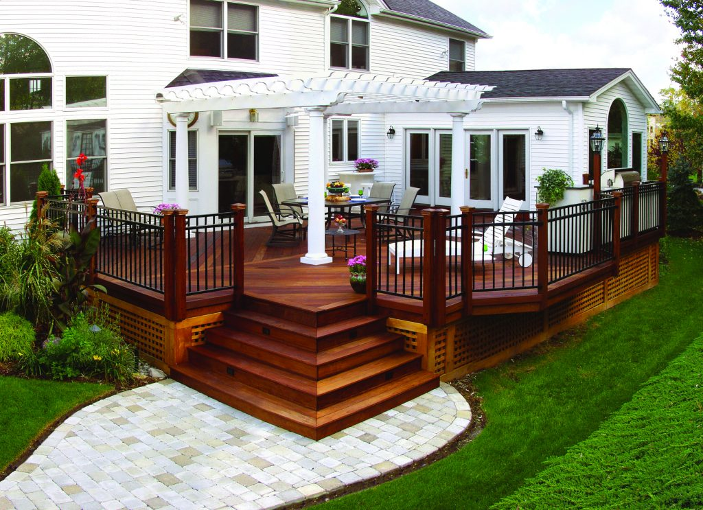 Elegant Wood Deck With Free Standing Pergola Design Ideas