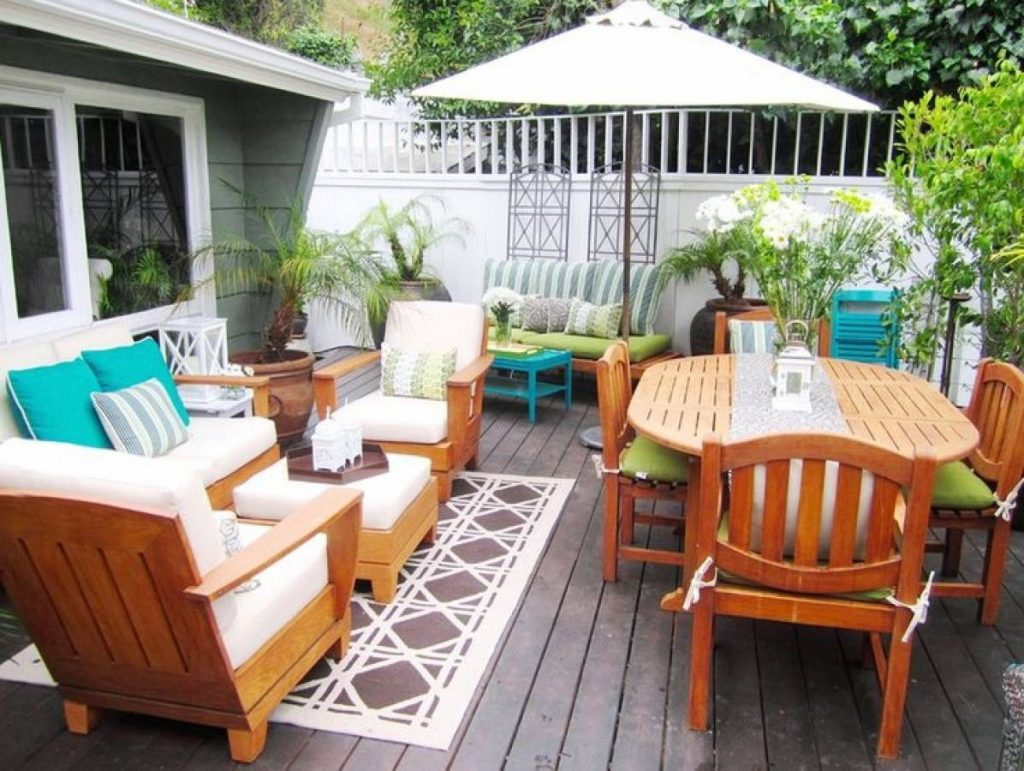 Excellent 6 Deck Furniture Arrangement Ideas With Regard To Your Own