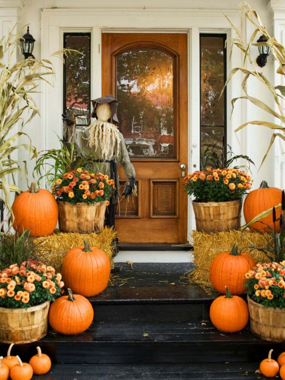 Fall Decor Ideas To Decorate Outside For Fall Fall Office Decor