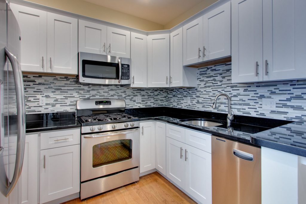 Grey Black Countertop White Cabinet Google Search Kitchen