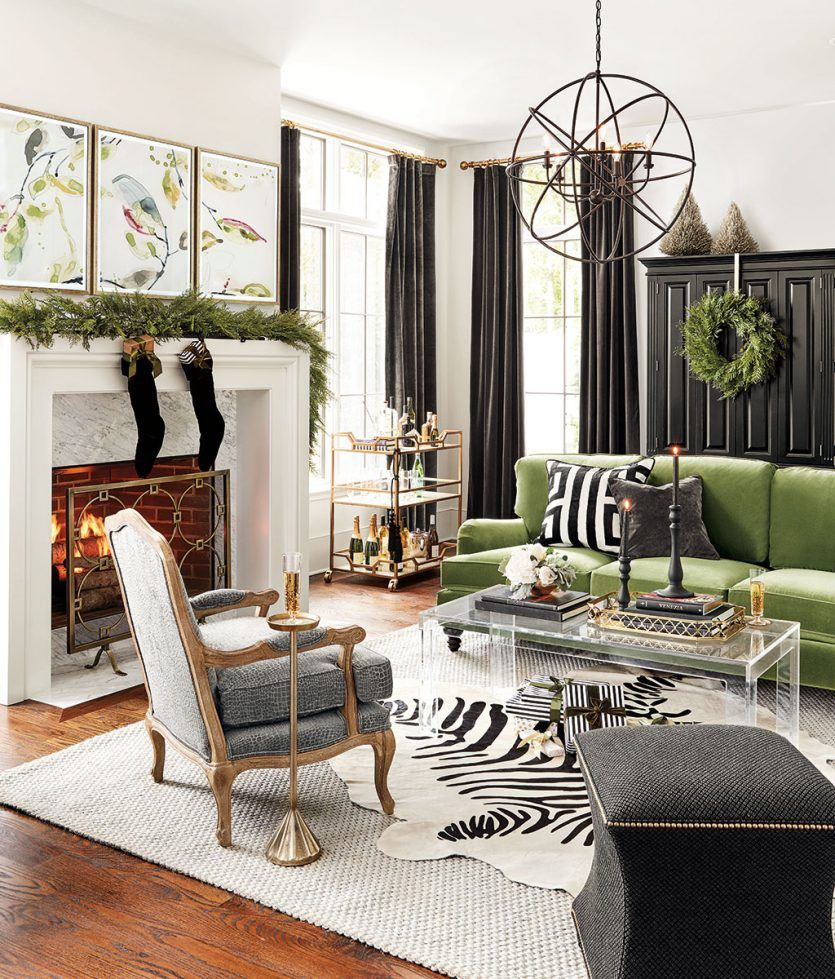 Holiday Color Trend Black White And Green Christmas Decor