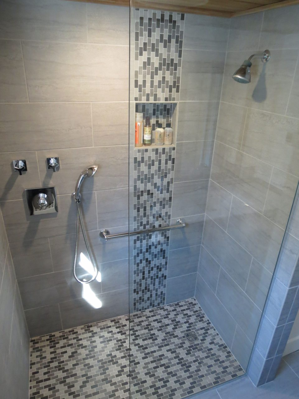 Image Result For Glass Mosaic Tile Accents For Shower Stall
