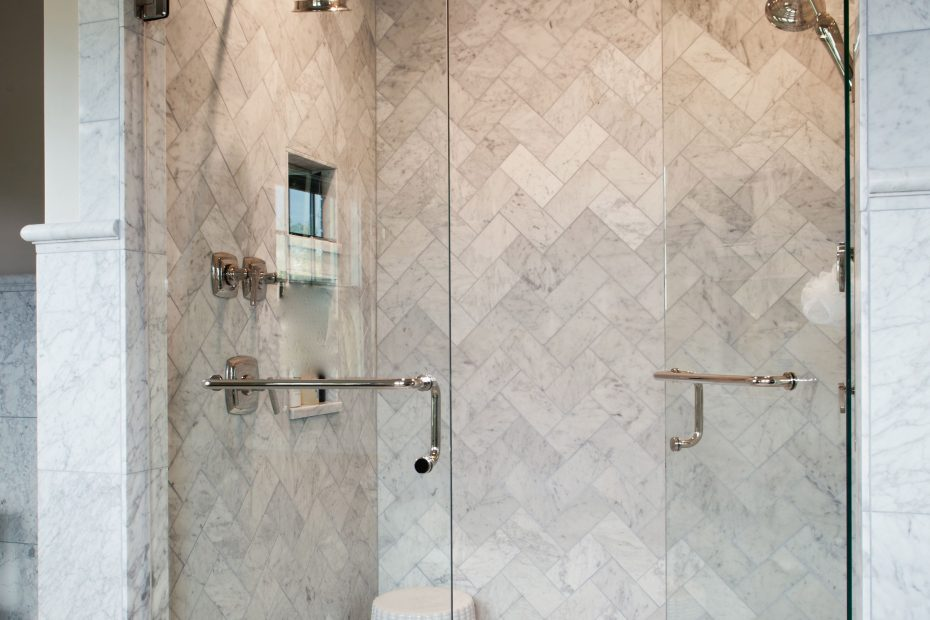 Love This Marble Herringbone Shower Source Marble Tiles Like This