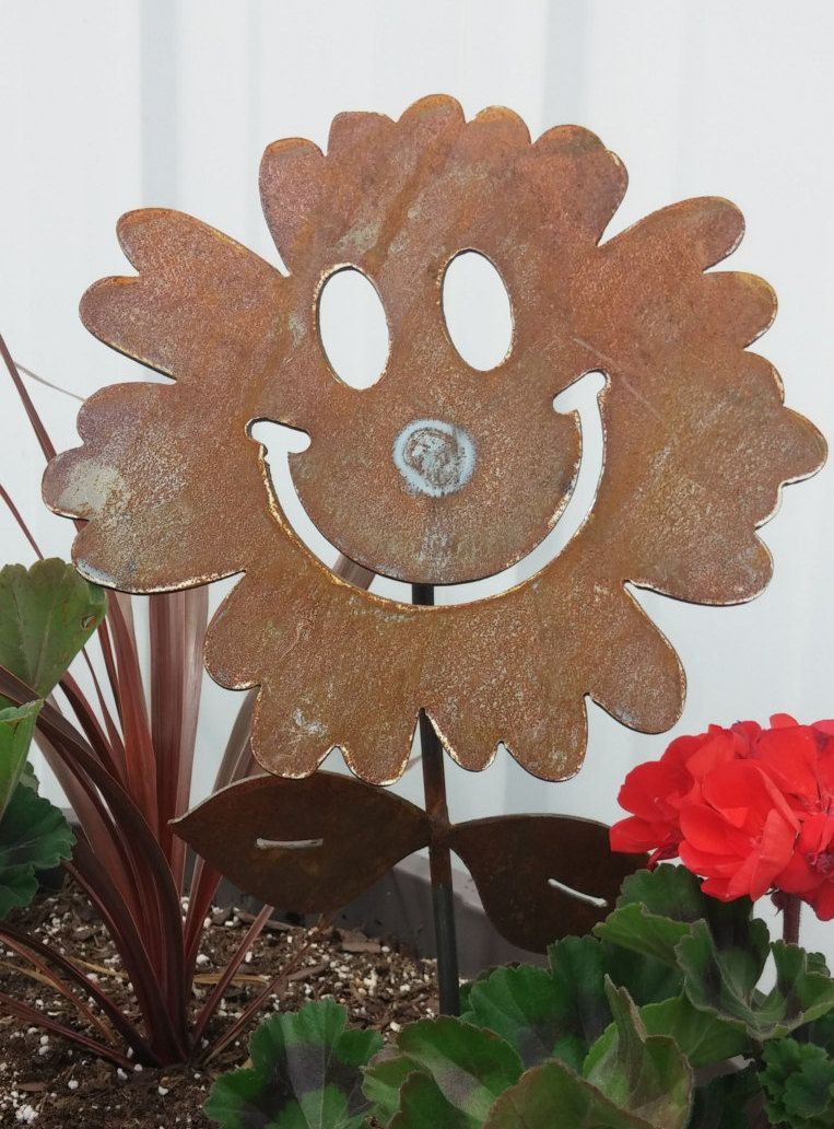 Metal Smiley Face Flower Garden Stake Smiling Flower Stake Flower