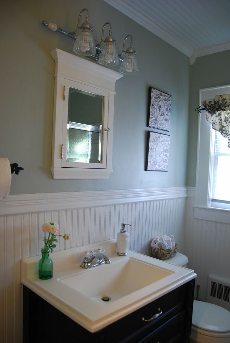 Mid Century Beadboard Bathroom Interior Design Feats Mounting