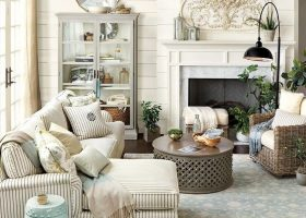 Cottage Farmhouse Living Room