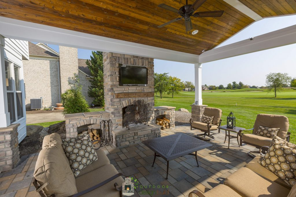 Outdoor Stone Fireplace With Recessed Tv Outdoor Design Build