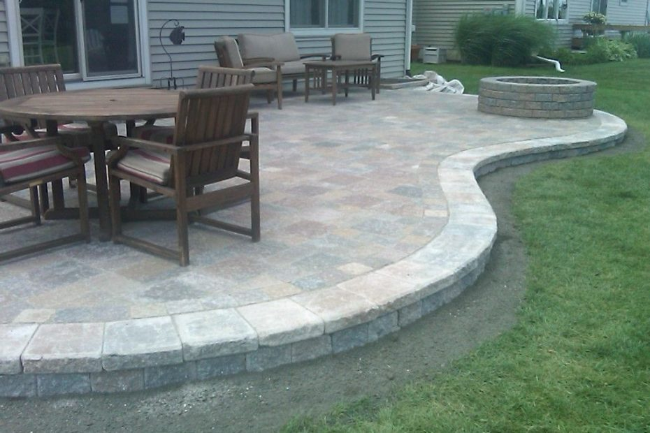 Paver Patio Designs Anatomy Of A Raised Brick Paver Patio Patio