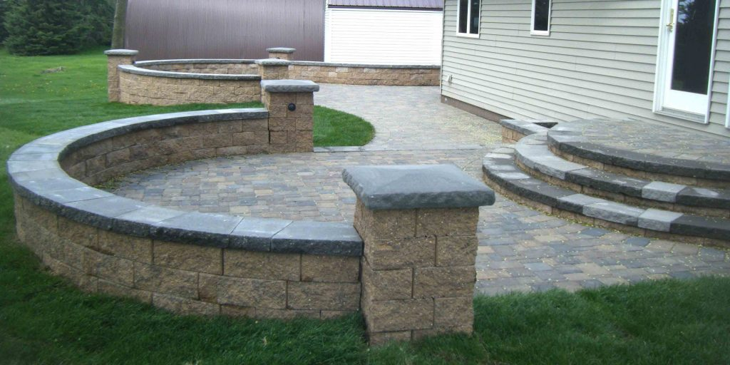 Paver Patio Steps Leading Edge Landscapes Brick Gardens Edging