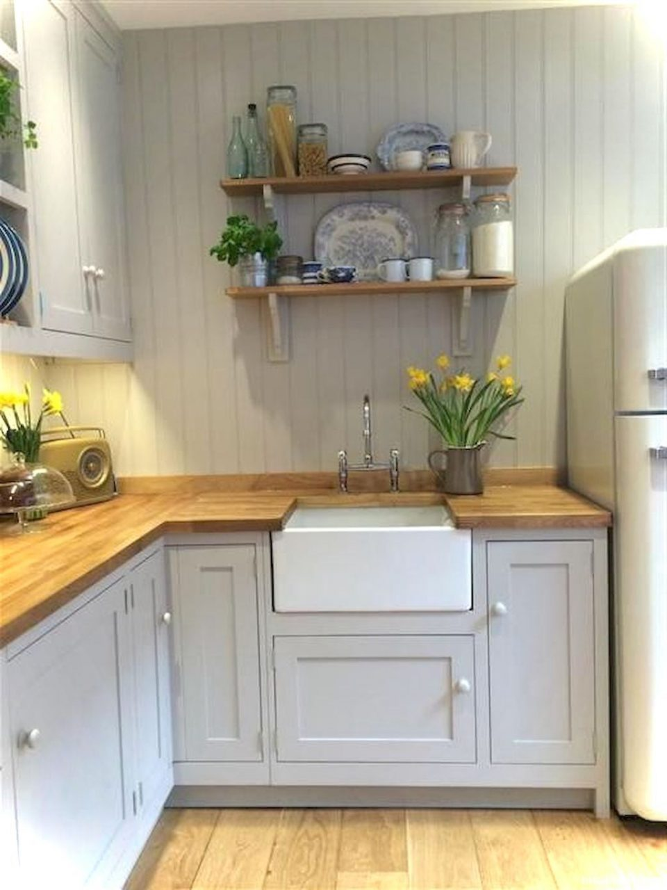Pin Roomaniac On Kitchen Ideas Small Cottage Kitchen