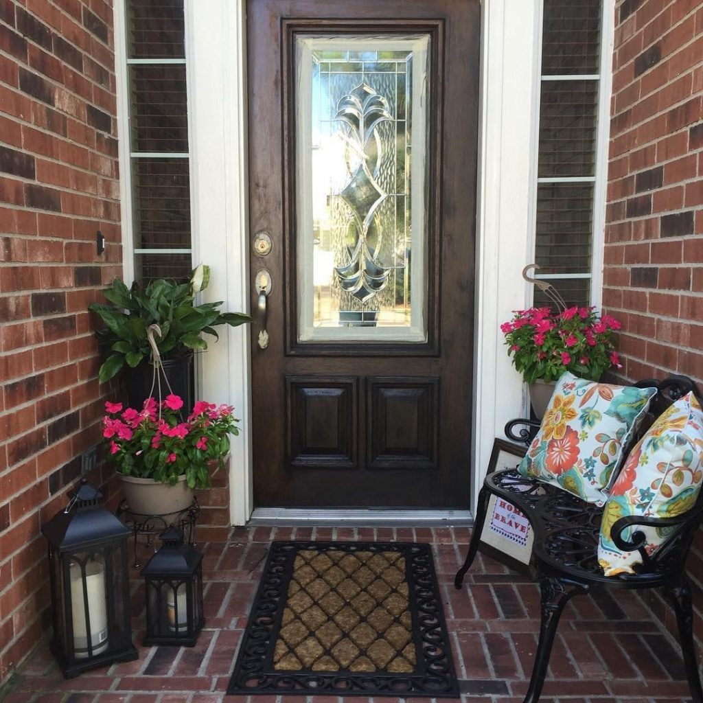 Spring Outdoor Decorating Small Front Porch Small Outdoor Living
