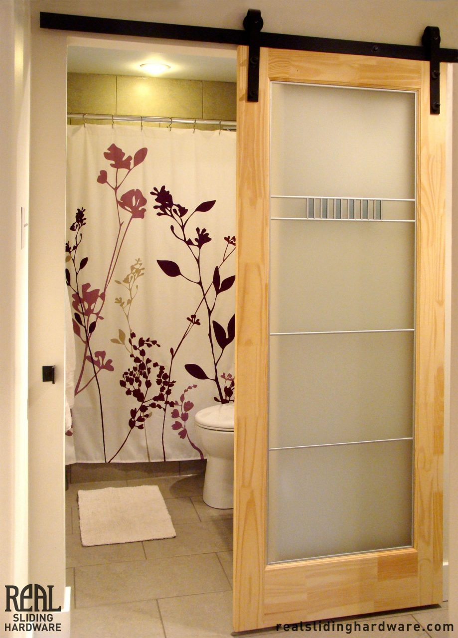 The Diy Sliding Barn Door Ideas For You To Use Bathroom Vondells