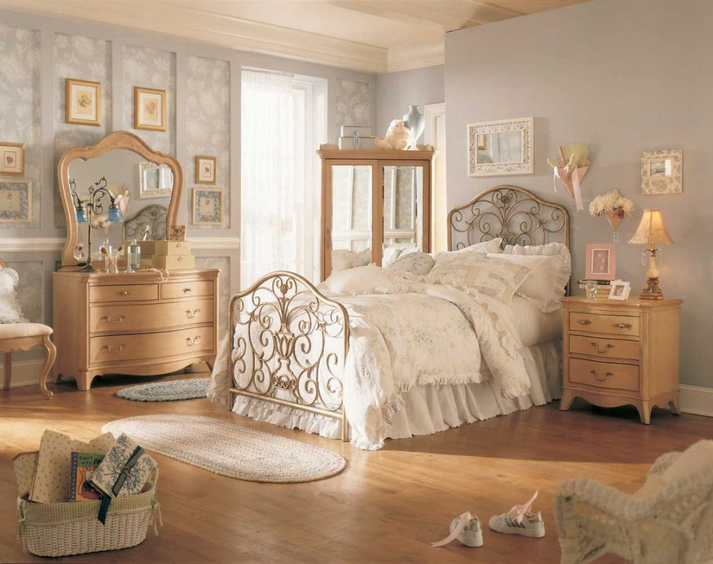 Vintage Bedroom Decorating Ideas The Latest Home Decor Ideas