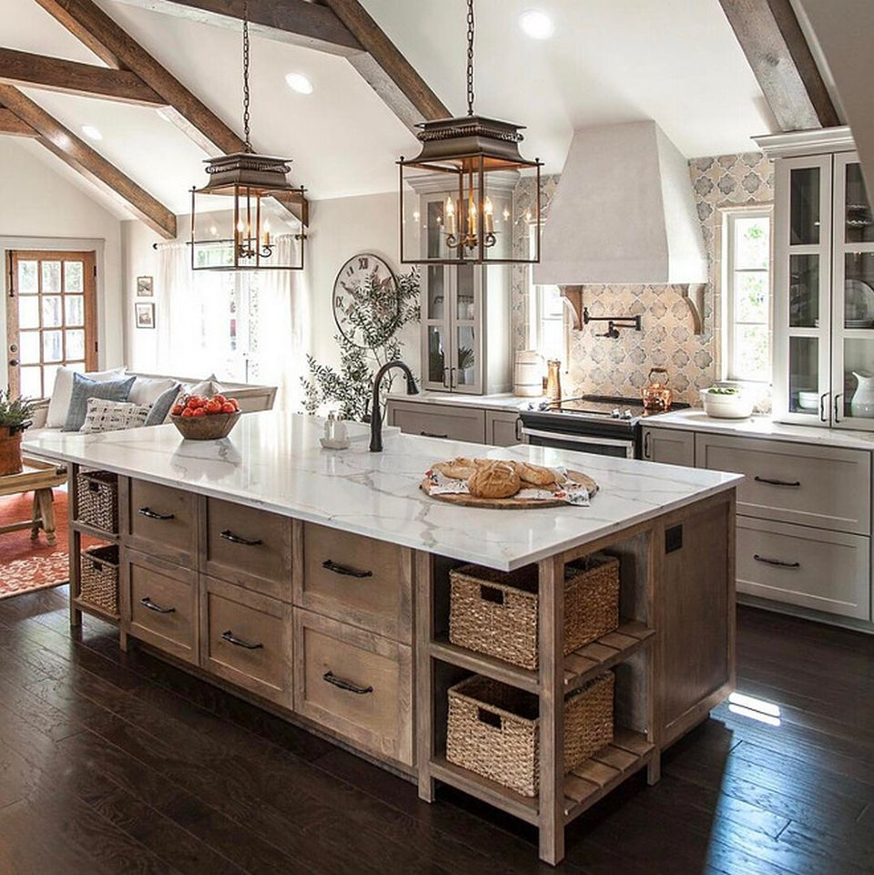 Vintage Farmhouse Kitchen Island Inspirations 62 Decomg