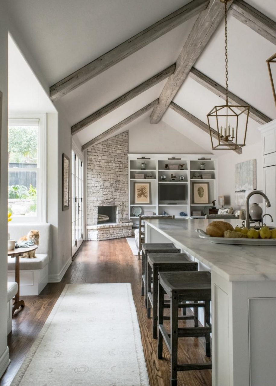 White Contemporary Kitchen With Vaulted Ceilings Home Inspirations