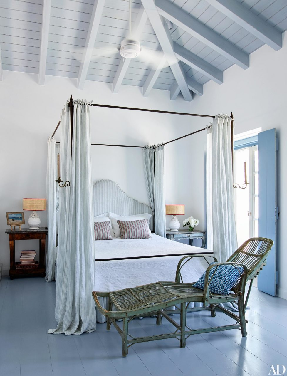 Why Your Bedroom Needs A Four Poster Bed In 2019 Sleep Tight