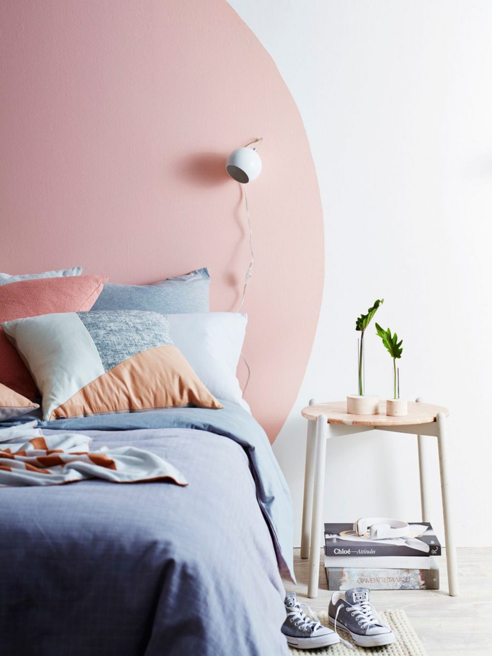 11 Ideas For How To Frame A Bed Without A Headboard Apartment Therapy