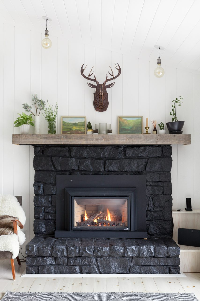 25 Gorgeous Fireplace Mantel Decorating Ideas Thatll Keep You Cozy