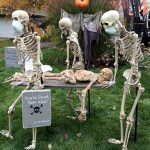 Skeletons Halloween Decoration Idea