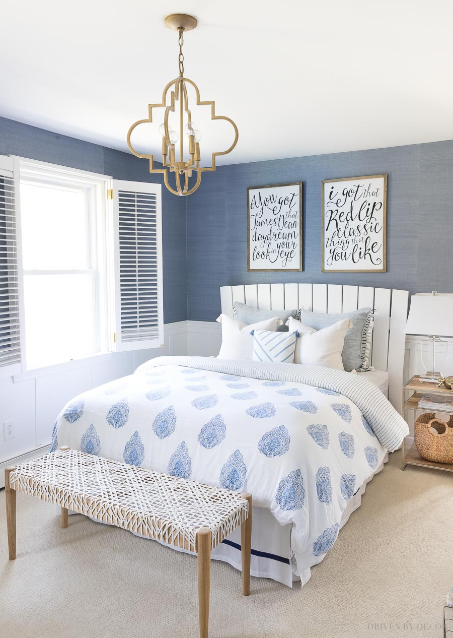 Above Bed Decor Eight Ideas For Decorating That Awkward Space
